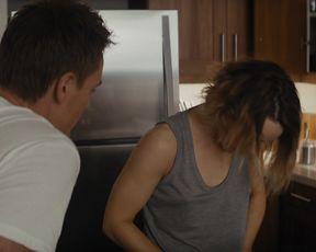 Rachel McAdams, Jacqui Holland, Leven Rambin - True Detective s02e01 (2015) celebrity topless scenes