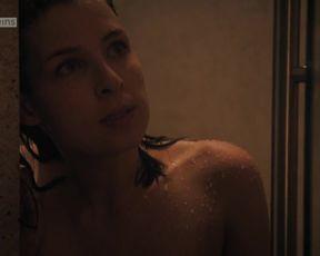 Martina Ebm - Vorstadtweiber s01e05 (2015) actress sexy scene