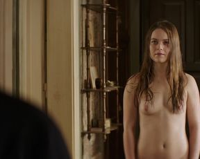 Hera Hilmar - An Ordinary Man (2017) celebs topless scenes