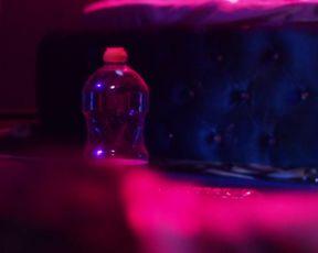 Violetta Schurawlow, Stephani Burkhard - Die Holle - Inferno (2017) Nude sexy video