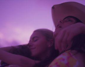 Lucia Uribe, Tessa Ia, Barbara Lopez - Unstoppable (Desenfrenadas) s01e07 (2020) sexy hot movie scene