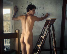 Valerie Pachner - Egon Schiele Tod und Madchen (2016) Nude movie scene
