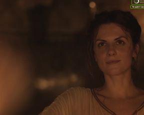 Melina Matthews nude - La peste (2019) (Season 2, Episode 3)