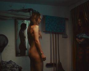 Petra Schmidt-Schaller nude - Eine gute Mutter (2017)