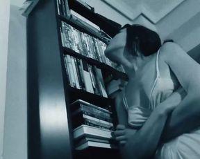 Olga Alaman - Los jardines prohibidos (2018) sexy nude video