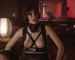 Sophie Pfennigstorf - Babylon Berlin s02e05 (2017) Naked actress in a movie scene