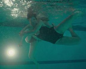 Regina Pavon - Dark Desire s01e02 (2020) Nude movie scene