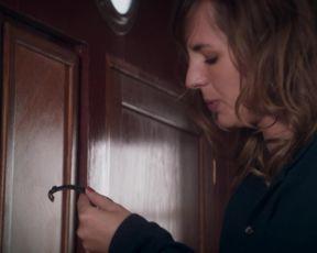 Louise Bourgoin - L'un Dans l'autre (2017) Censored celebs scenes
