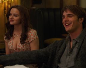 Joey King, Meganne Young - The Kissing Booth 2 (2020) celebrity hot movie scene