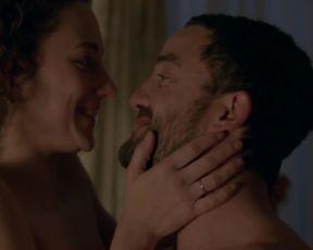 Alice de Lencquesaing, Olive Ka - Braqueurs (2015) Naked TV movie scene