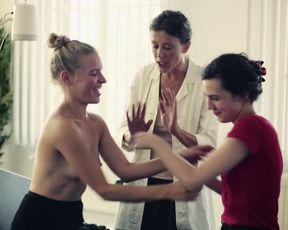 Anne Werner, Bea Brocks, Dorothee Kruger naked - Blind Hasslich (2017)
