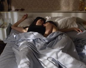 Eve Gordon, Antonia Prebble nude - Westside  (2015) (Season1, Episode2)