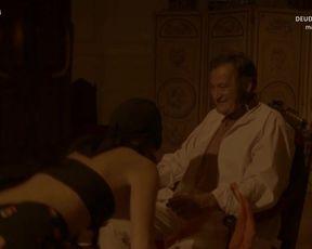 Berta Hernandez nude - Victor Ros (2016) (Season 2, Episode 4)