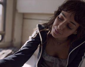 Dilan Cicek Deniz - One-Way to Tomorrow (Yarina Tek Bilet) (2020) celebrity hot scene