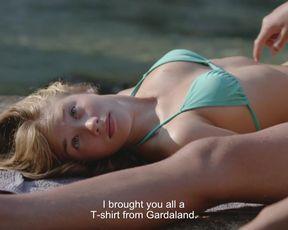 Gracija Filipovic, Vanesa Vidakovic Natrlin nude - Into the Blue (2017)