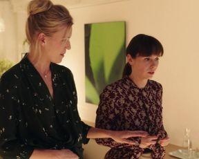 Emmeli Stjarnfeldt - Surrogate s01e02 (2017) Naked TV movie scene