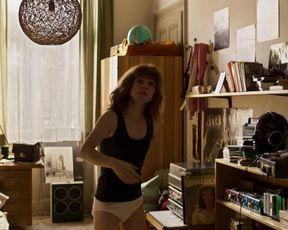 Josefine Preuss - Vorwarts immer (2017) Underwear scene