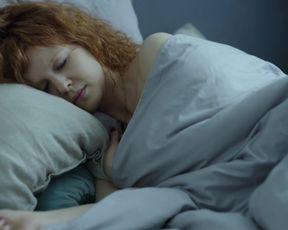 Karolina Gruszka, Oliwia Bosowska - Kod genetyczny s01e01-07 (2020) celeb topless scenes