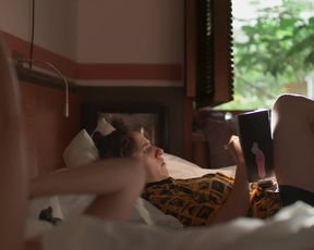 Tessa Ia - Unstoppable (Desenfrenadas) s01e03 (2020) Censored nude scene
