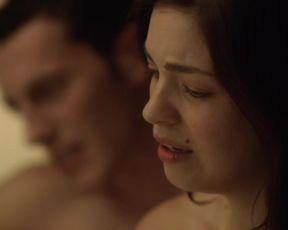 Natalie Madueno - Bedrag s01e05-06 (2016) Sexy scenes