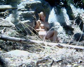 Cheryl Lyone Nude - Run! Bitch Run! (2009)