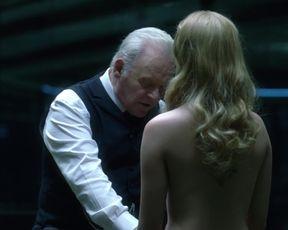 Evan Rachel Wood nude - Westworld_s01e05 (2016) Topless Celebrity Scene