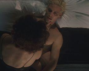 Loredana Cannata, Giulia De Gresy nude - Senso '45 (2002)