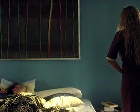 Natalia Verbeke nude - El Otro Lado de la Cama (Funny sex scene)
