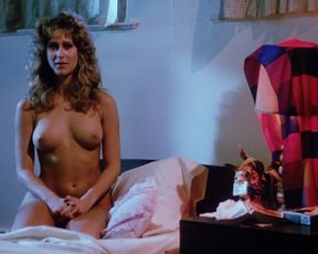 Edy Williams, Natalie Main, Ann Chatterton, Judith Geller - Classic Nude Scenes - Hellhole (1985)