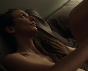 Gemma Massot nude - The Looming Tower s01e03 (2018)