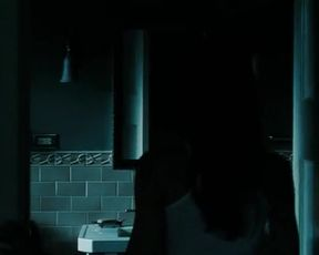 Odette Annable Nude - The Unborn (2009)
