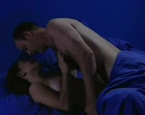 Marguerite Moreau nude – Easy (2003)