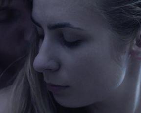 Kinga Kasprzyk nude – Erotyk (2016) Explicit Sex Scene