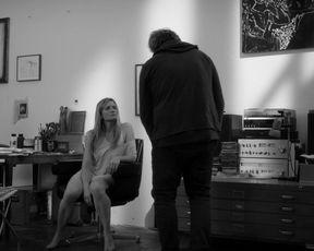Julia Jentsch - Die Habenichtse (2016)