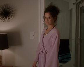 Jenny Slate Nude - Married s01e06 (2014)