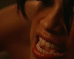 Rosario Dawson Alexander (2004)
