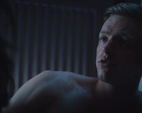 Caroline Hartig - Schattenmoor s01e01 (2019) Nude hot scene