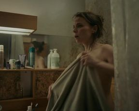 Suzanne Clement naked - Derapages (2020) (Season 1, Episode 1)