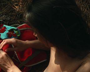 Lucia Sanchez nude - Une robe d'ete (1996)