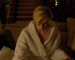 Aure Atika, Elizabeth Debicki - The Night Manager s01e01(2016) Naked actress in a movie scene