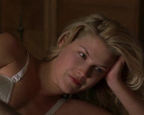 Ali Larter Underwear, Blonde, Sexy in 'Crazy'