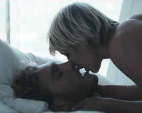 Sara Hjort Ditlevsen nude - Efterklang - Between The Walls (2013)