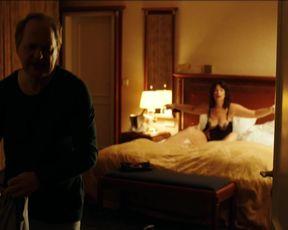 Sabine Vitua - Uberleben an der Scheidungsfront (2015) Nude film scenes
