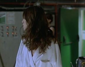 Charlotte Gainsbourg, Jo McInnes, Lucy Harrison nude - Ma femme est une actrice (2001)