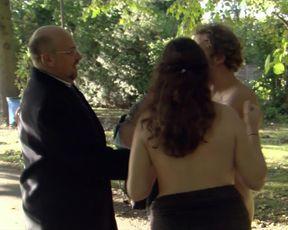 Olivia Colman nude - Confetti (2006)