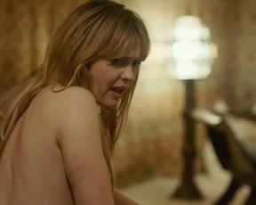 Laura Tonke naked - Zwei im falschen Film (2017)