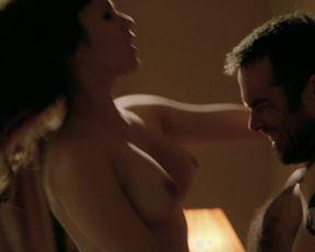 Natalia Avelon, Alexandra Moen - Strike Back S02 E09 (2011)