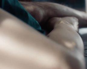Anna Pieri  nackt