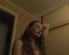 Kristine Froseth naked - The Truth About the Harry Quebert Affair (2018) (Season 1, Episode 9)