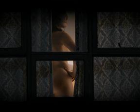 Virginia Kull sexy - Sneaky Pete (2017) (Season1, Episode2)